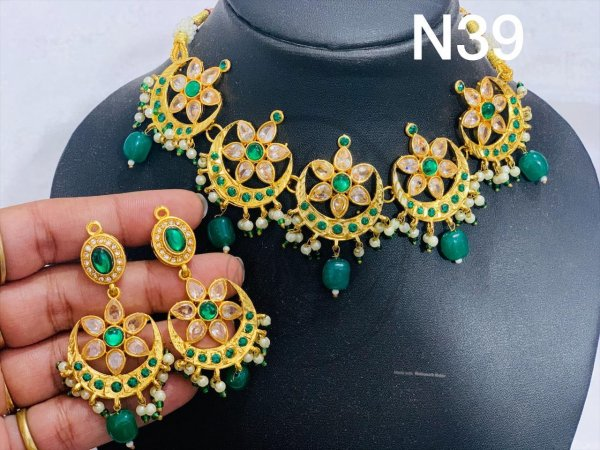 Moon Kundan necklace